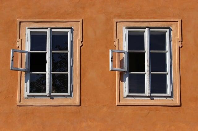 hvordan pudser man vinduer uden at få striber